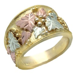 10K BLACK HILLS GOLD LADIES WEDDING RING