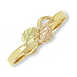 10k Black Hills Gold Ring Decorated with Leaves
