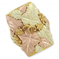 Stunning Black Hills Gold Grapevines and Leaves Men's Ring