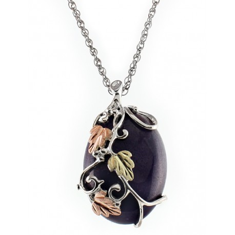 BLACK HILLS STERLING SILVER JADE LADIES PENDANT NECKLACE
