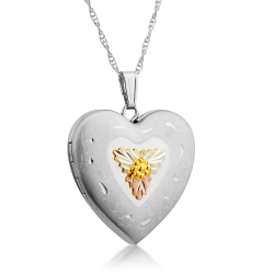 Mt. Rushmore Black Hills Gold on Sterling Silver Heart Locket w/ Necklace