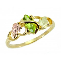 10K Tri-color Black Hills Gold Ladies Ring w/ Peridot