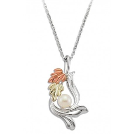 BLACK HILLS GOLD STERLING SILVER LADIES PEARL PENDANT NECKLACE