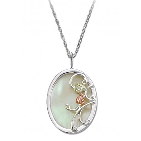 BLACK HILLS GOLD .925 STERLING SILVER LADIES 30X22MM MOTHER OF PEARL NECKLACE
