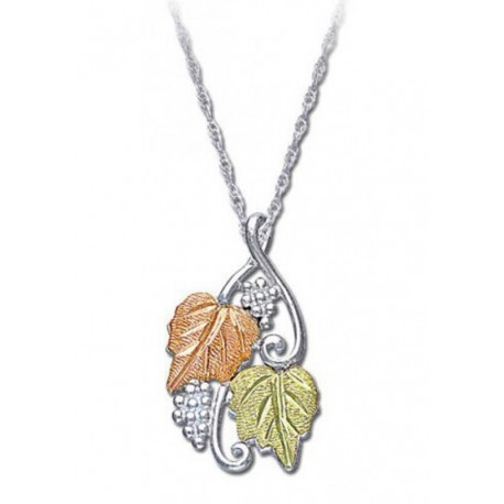 BEAUTIFUL BLACK HILLS STERLING SILVER GRAPE AND LEAVES LADIES PENDANT NECKLACE