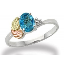Landstrom's® Sterling Silver Ladies Ring w Blue Topaz