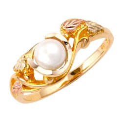 10K Black Hills Gold Ladies Ring with 5.5MM Pearl