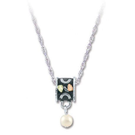 BLACK HILLS GOLD ANTIQUED SILVER LADIES 5MM CULTURED PEARL PENDANT NECKLACE